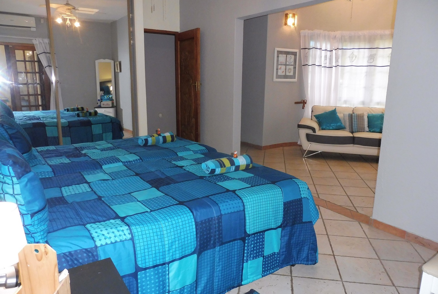 Holiday House 2 Bedroom